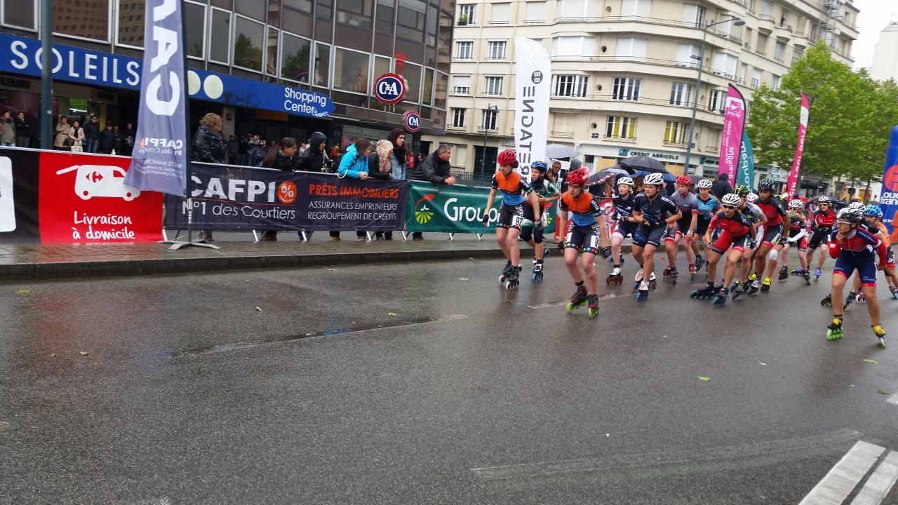 Le départ de la course féminine