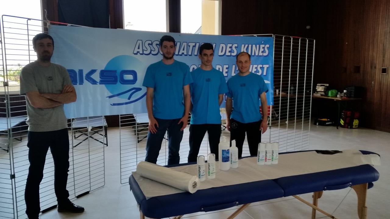 L'équipe formée de 3 stagiaires de l'IFMK de Brest et d'un kiné de l'AKSO